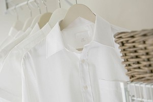 Как сохранить белые вещи белыми: 11 советов и лайфхаков
