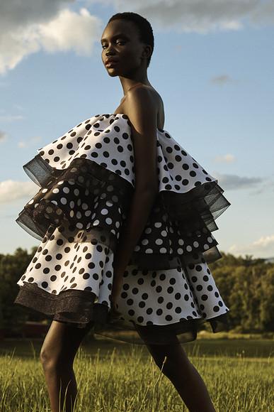 Высокая мода посткарантинной эпохи: коллекция Resort-2021 отCarolina Herrera