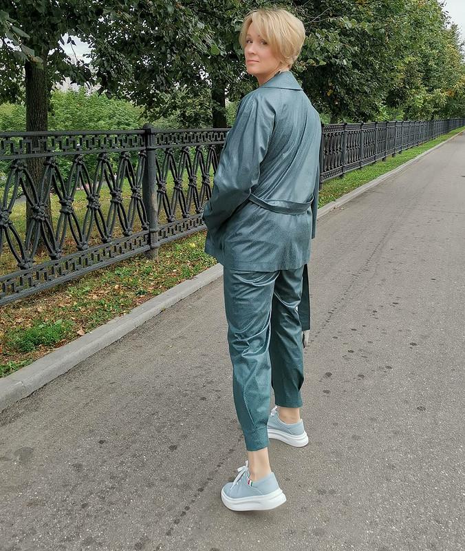 Тренч, брюки итоп «Хозяйка медной горы» от Джульетта Викторовна