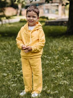 Работа с названием Детский костюм из футера