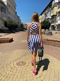 Работа с названием Платье по фото из интернета
