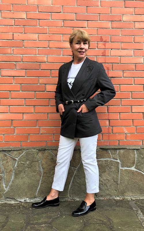 Август. Двубортный пиджак от verusha