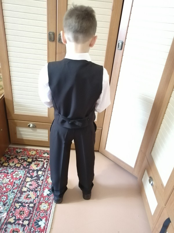 Школьная форма: брюки ижилет от Самоучка