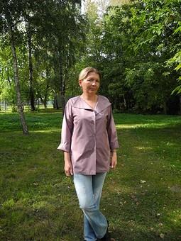 Работа с названием Блуза превращается в жакет