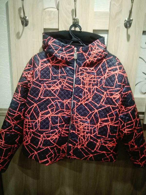Куртка скапюшоном