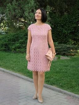 Работа с названием Платье из кружева-макраме