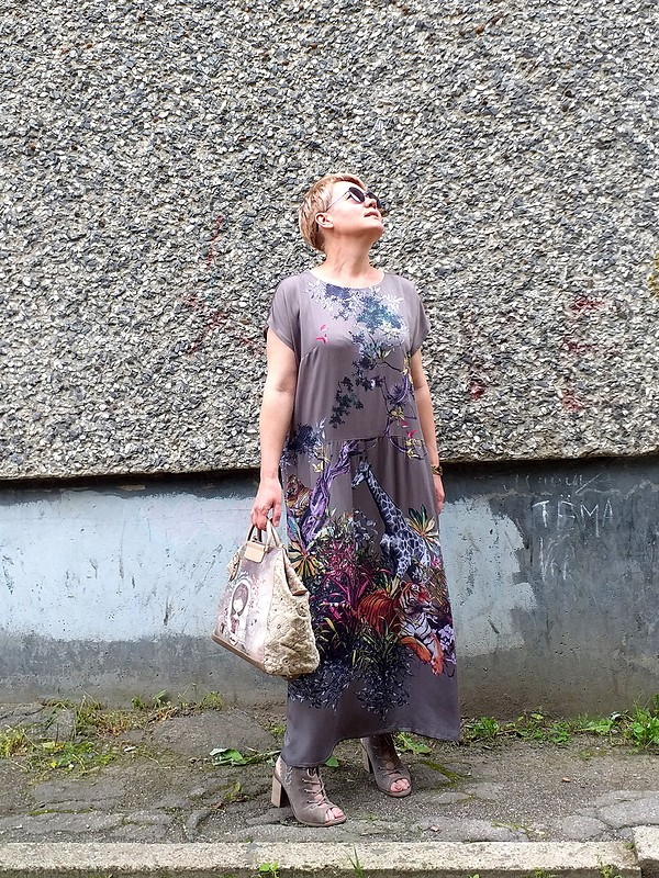 Два платья-парашют... от  Галина Позднякова