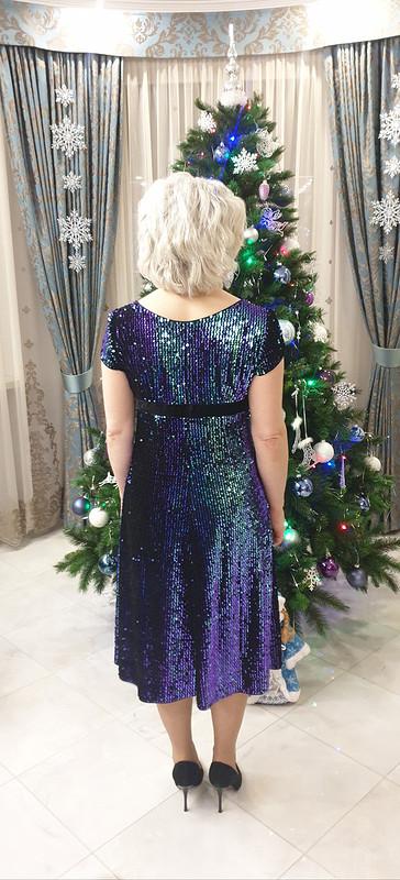 Новогоднее платье спайетками