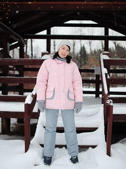 Работа с названием Зимний костюм: куртка и брюки