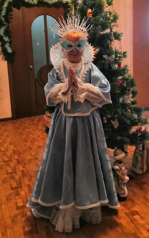 Карнавальный костюм «Снежная королева»