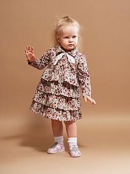 Работа с названием Платье с пышной юбкой для девочки
