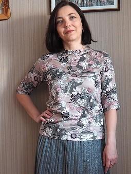 Работа с названием Немного простенького: пуловер и платье