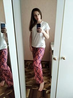 Работа с названием Первые сшитые мной брюки