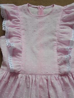 Работа с названием Платье из  розового батиста