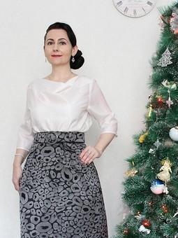 Работа с названием Новогодний образ 2021: юбка и блузка