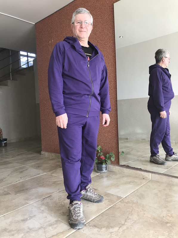 Мужской спортивный костюм от Nataly Byala