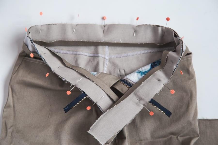 Альтернативный способ пришивания пояса джинсов: мастер-класс