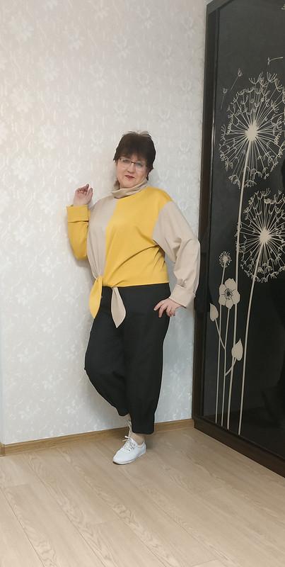 Очень озорной пуловерчик от STI