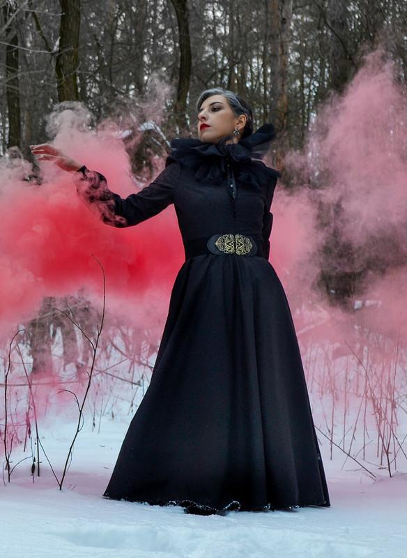 Снова черное платье от Garpia