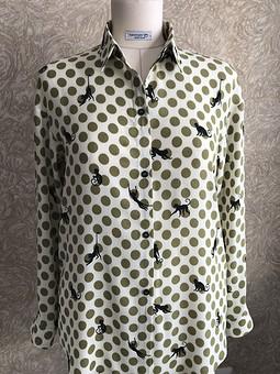 Работа с названием Рубашка из креповой вискозы