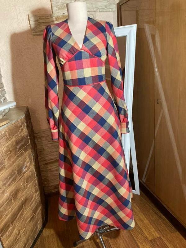 Немаленькое инечерное платье... от Fern13