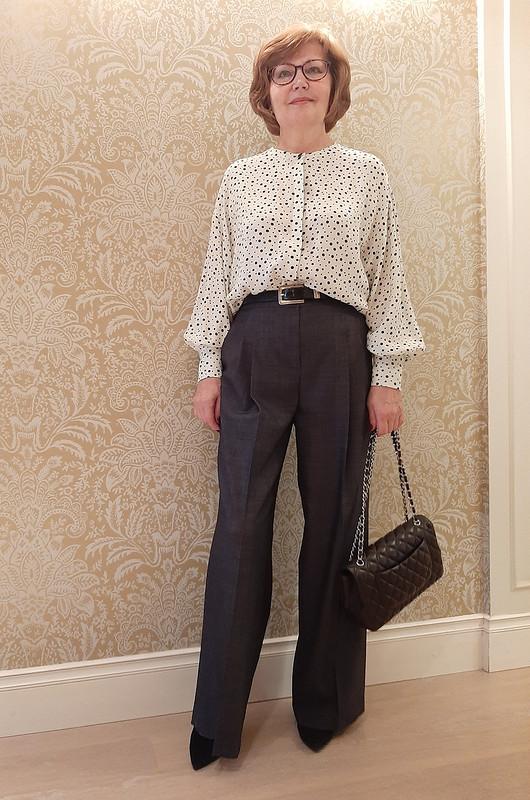 Блузка спышными рукавами от Olga-A