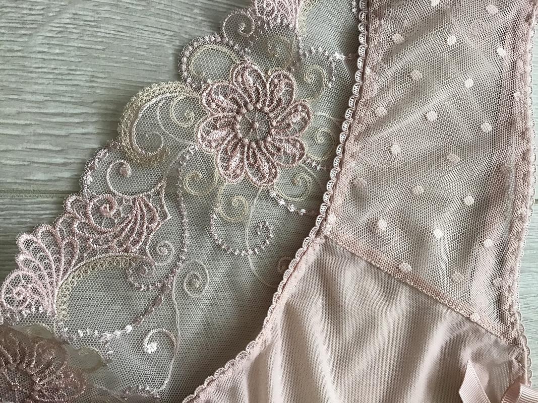 Комплект нижнего белья вцвете пудра от E_le_n
