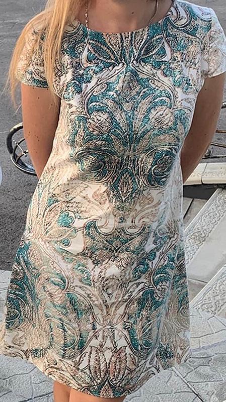 Платье сантичным принтом от MilAnna