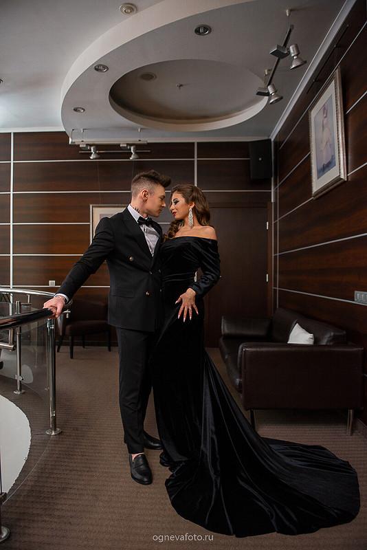 Черное бархатное платье от Ксения Огнева