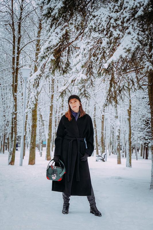 Чёрное пальто от simirena