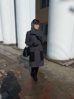 Работа с названием Утеплённое пальто