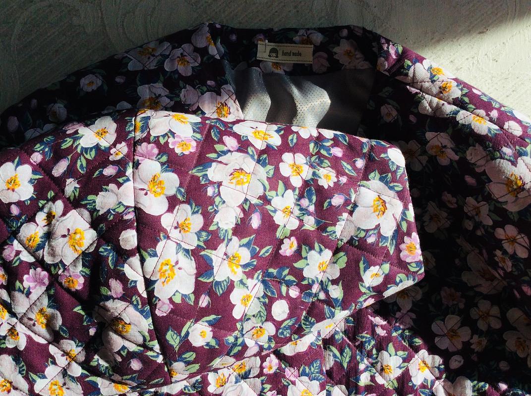 Стеганая фуфайка-бомбер «Быть весне!» от LiubovEvseeva
