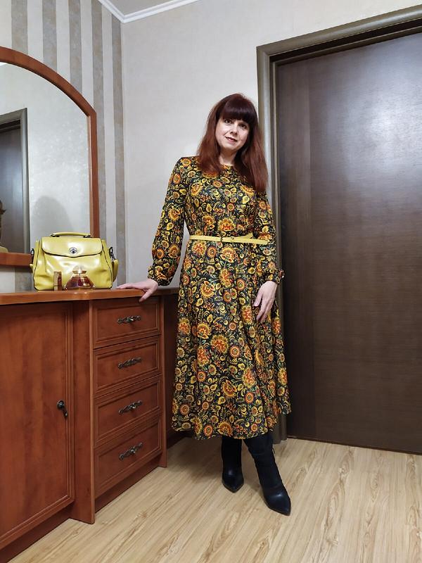 Русская хохлома расцвела наплатье... от Елена Мамонтова