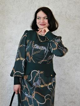 Работа с названием Платье цвета Eden и драгоценная кошка дома Cartier