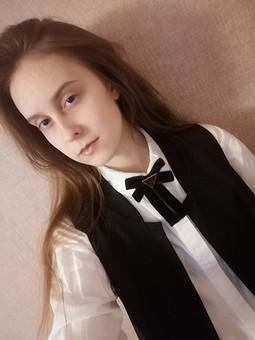 Работа с названием Если галстуков всё-таки мало...