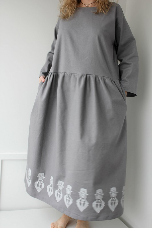 Льняное платье снабойкой от VISCUM