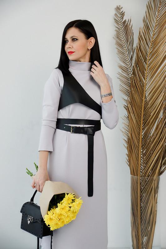 Платье цвета Пантон 2021 от BRUNETKA