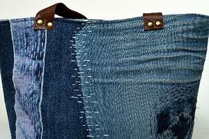 Идея: джинсовая сумка с вышивкой в духе сашико