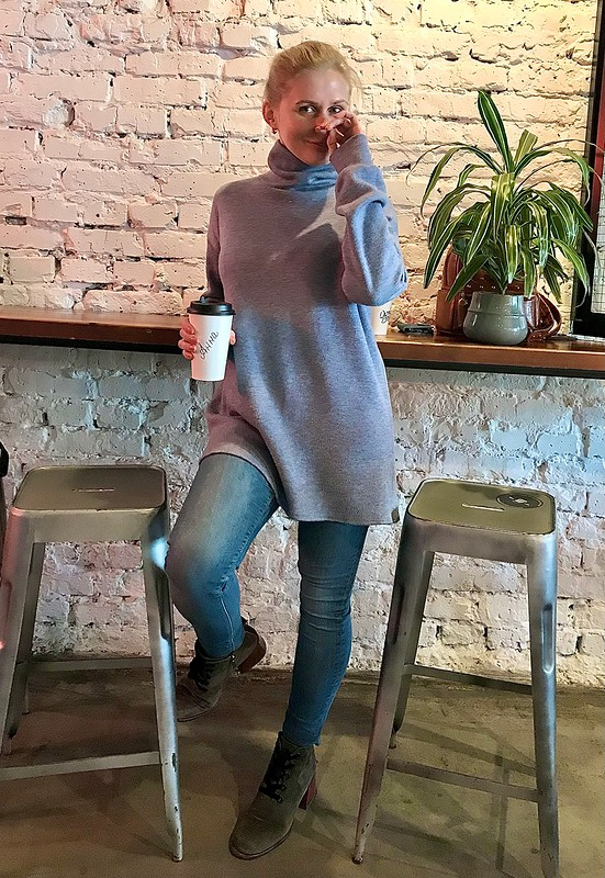 Пуловер «Мартовская тема» от Serdanna