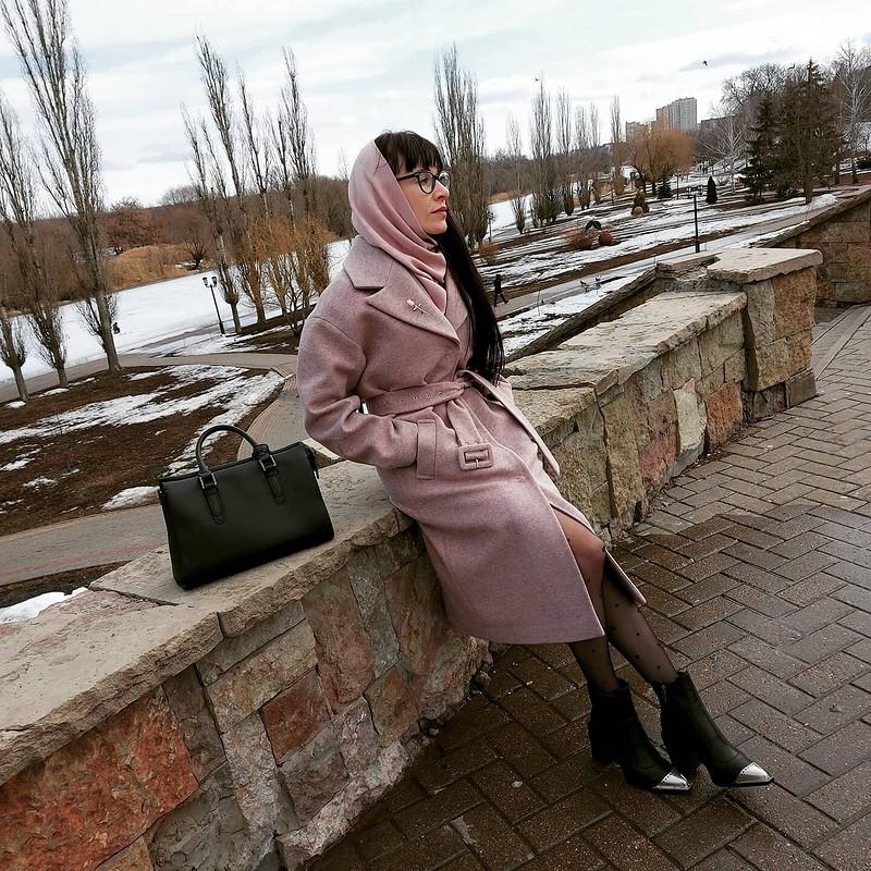 Хорошо быть девушкой врозовом пальто)) от vol4ica