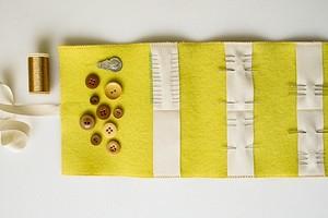 Идея: чехол для игл и булавок из двух видов ткани
