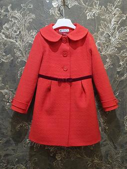 Работа с названием Красное пальто на 4 года