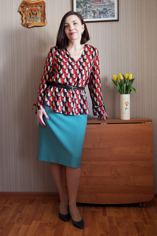 Блузка июбка. СПраздником Весны! от Ирина Шмидт