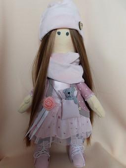 Работа с названием Моя первая кукла