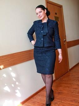 Работа с названием Костюм «Синий, синий иней»: жакет и юбка