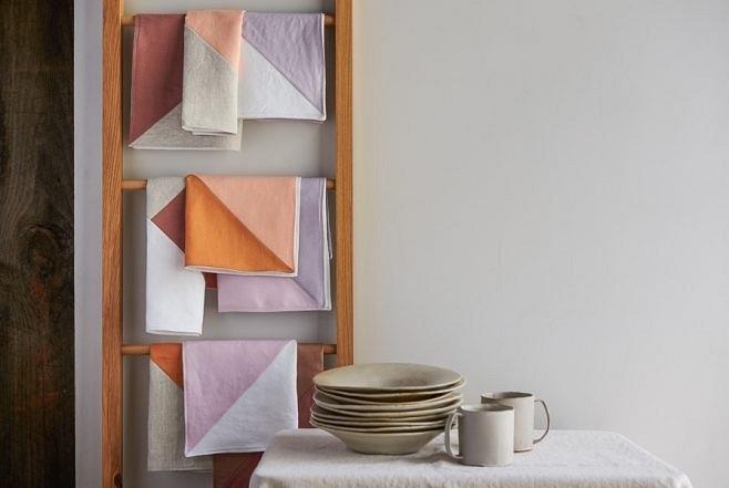 Идея: четырёхцветные столовые салфетки