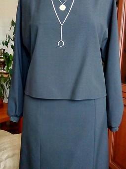 Работа с названием Симпатичный костюмчик: блузон и юбка