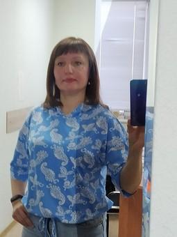 Работа с названием Весенний костюм: блузка и юбка