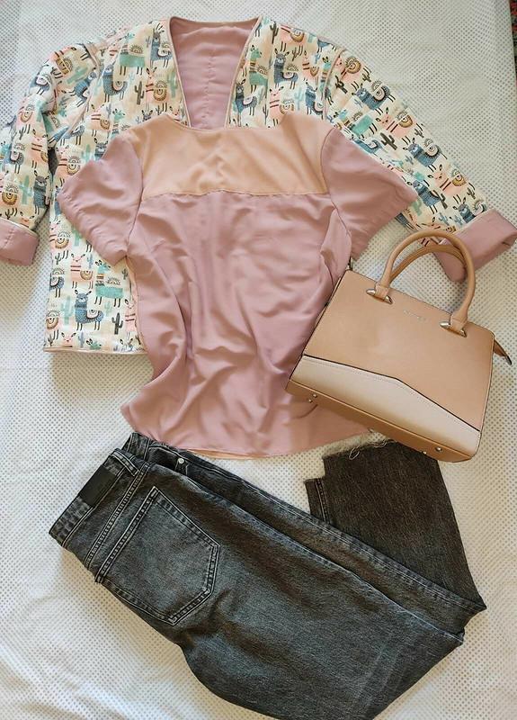 Шелковая блузка-футболка оттенка розы ипиона от Домино