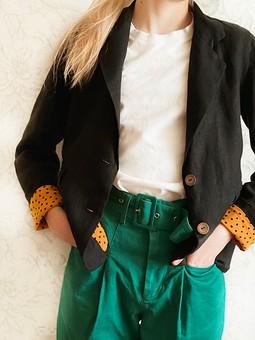 Работа с названием Льняной пиджак для девочки